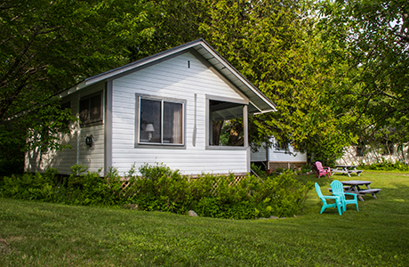 Cottage rental on lake willoughby 2 bedroom cabin for Lake willoughby cabins